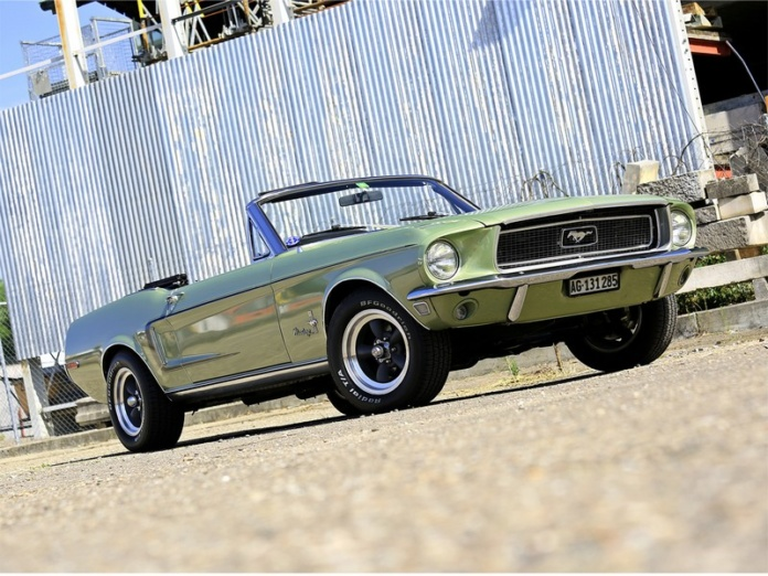 Mustang Convertible Lime Gold