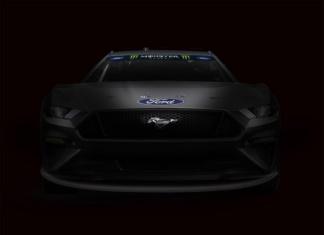 Mustang goes NASCAR
