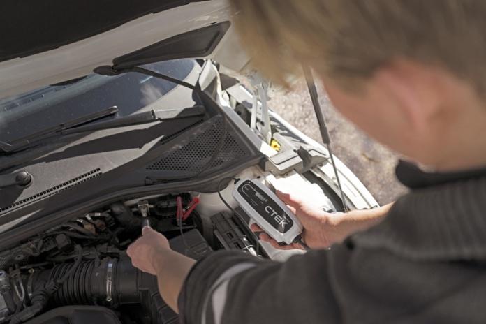 GTÜ Autobatterieladegeräte