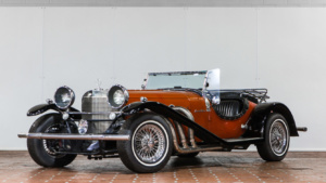 Boutique Cars - Excalibur Roadster