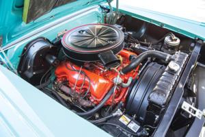 Motor 1958er Pontiac Parisienne Convertible